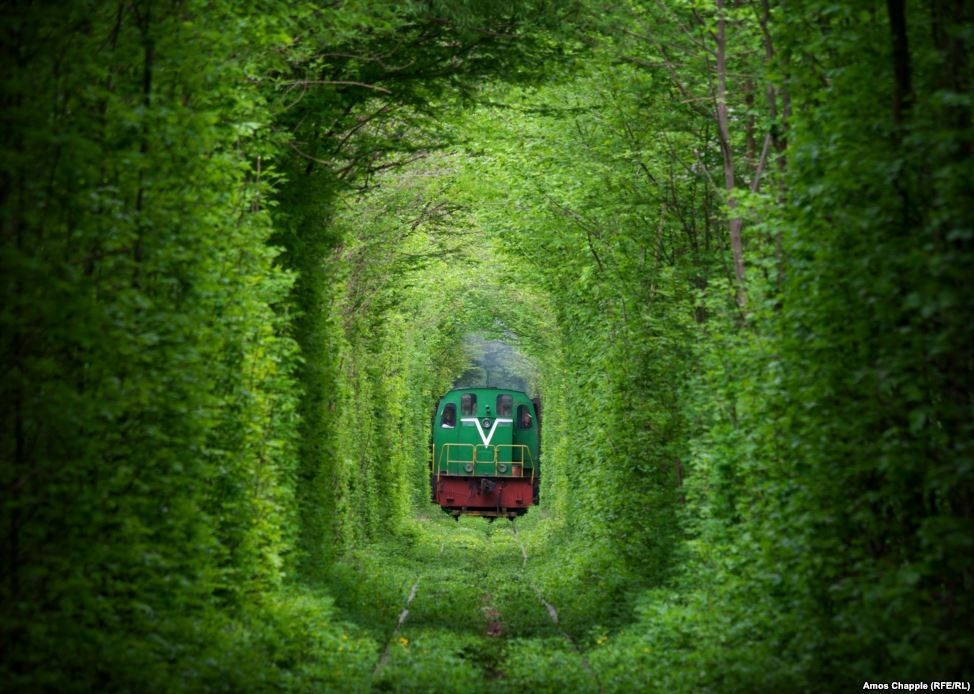 tunnel-of-love-klevan-4