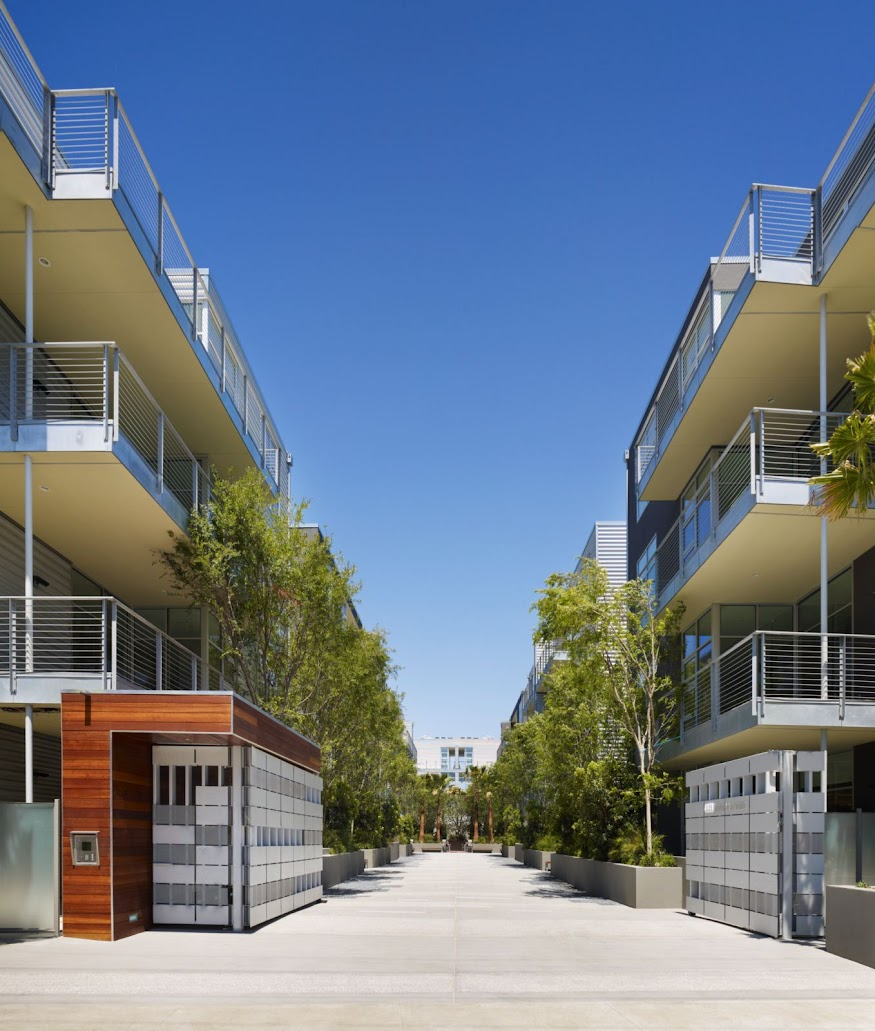 incorporated architecture design benroth rolston stuart Gallery Lofts Courtyard.jpg