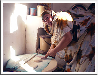 Sarsora haciendo pan䍠ᑲ