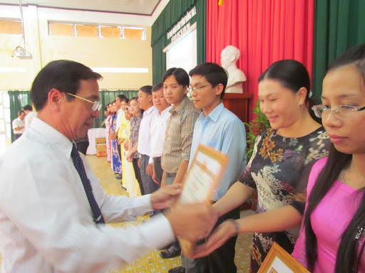 Hội thao giáo viên dạy giỏi cấp tỉnh bậc THCS năm học 2011 - 2012 - IMG_1374.jpg