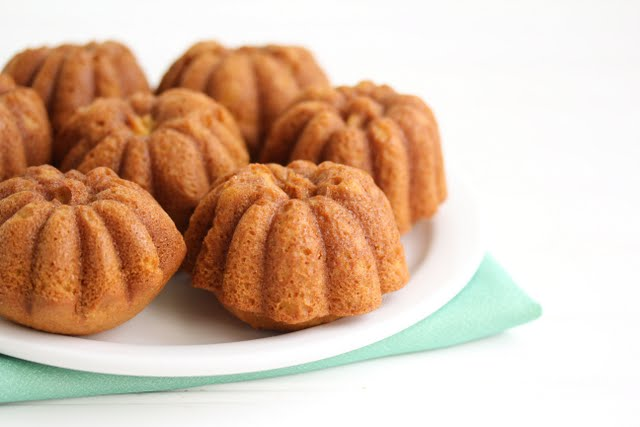Pumpkin Cakes with Nutella Filling