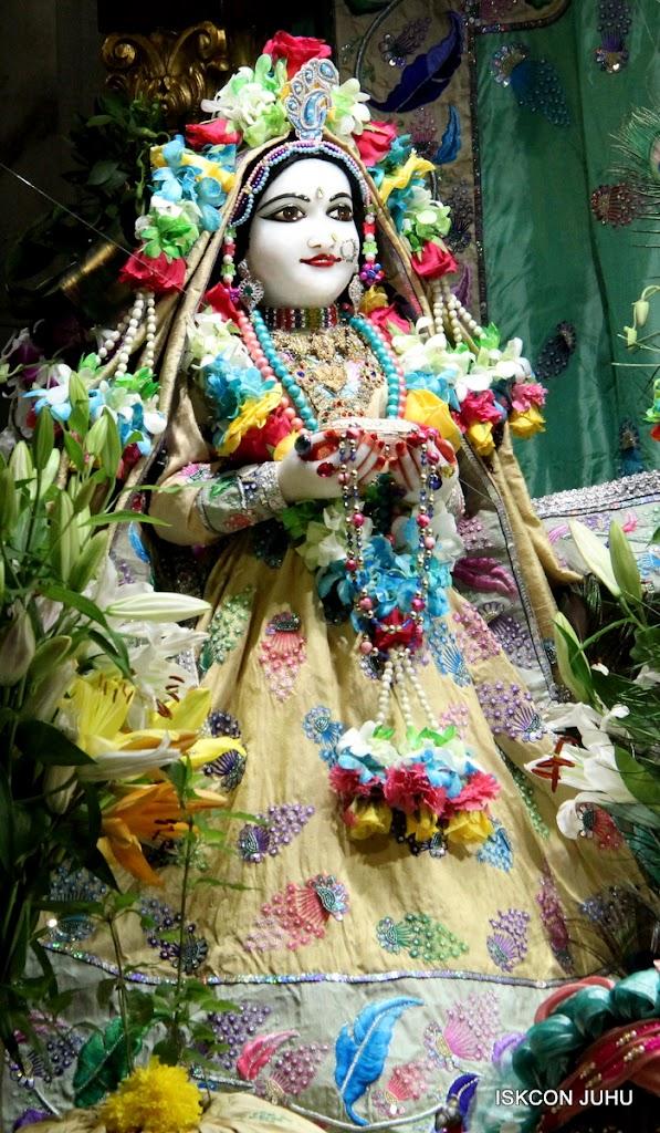 ISKCON Juhu Sringar Deity Darshan on 26th Aug 2016 (29)