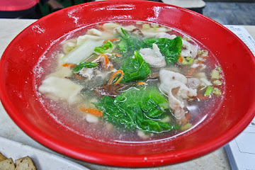 建國手工水餃麵食館
