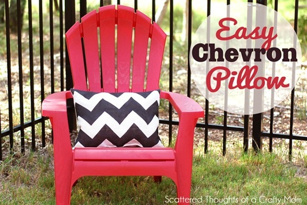 chevron-stenciled-pillow_thumb[1]