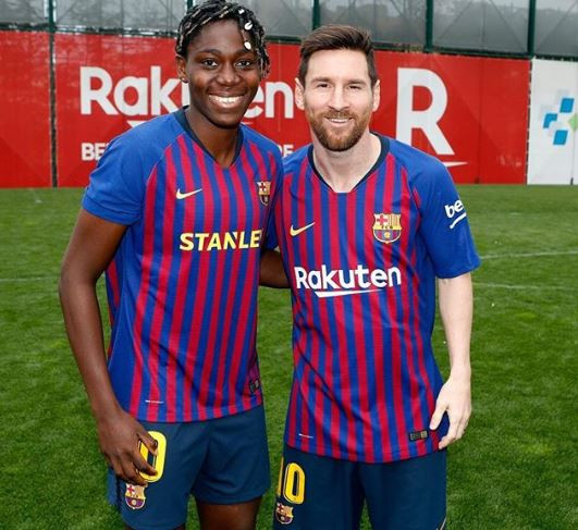 Agege To The World! Asisat Oshoala Meets Lionel Messi At Training (Photo)
