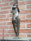 Voorkant mensfiguur in brons. Hoogte 12 cm.