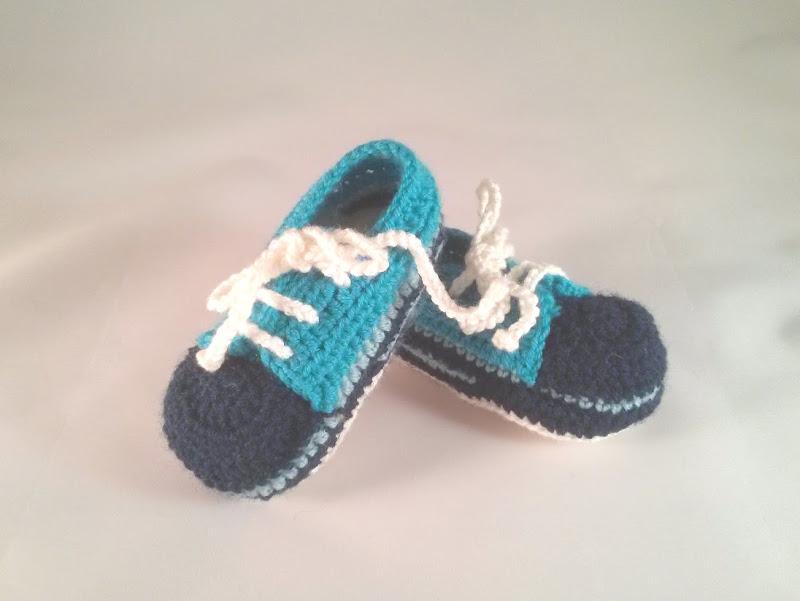 Baby boy shoes :: Sapatinhos para bebé rapaz