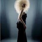 simples-hair-caught-002.jpg