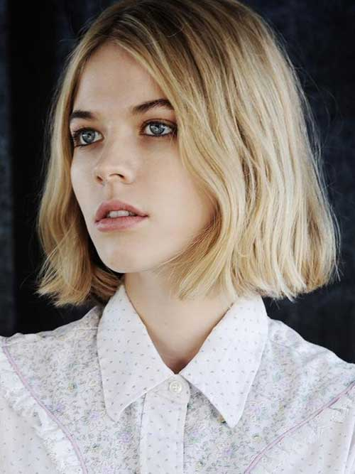 Messy Straight Blunt Bob for Short Hair | Fashion Qe