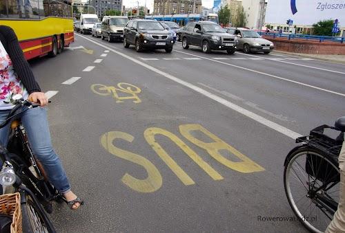Wspólne pasy ruchu dla autobusów i rowerów? Można!