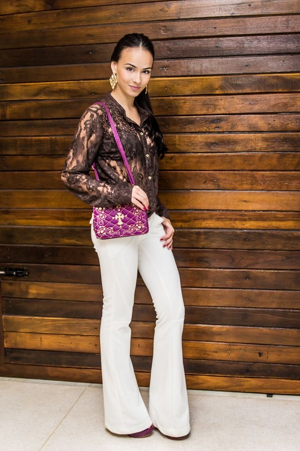 Tips For Wearing Flare Jeans for Women