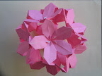 "Poinsetta Floral Ball from Meenakshi Mukerji's ""Marvelous Modular Origami"""