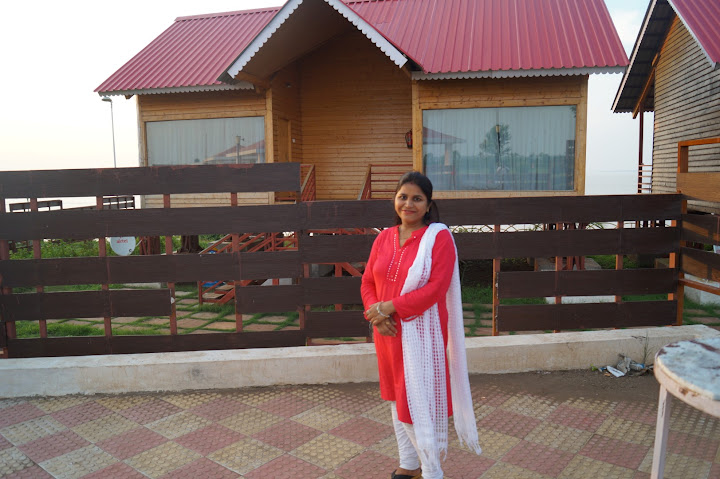 Omkareshwar and Hanmuntiya water resort - DSC06730.JPG