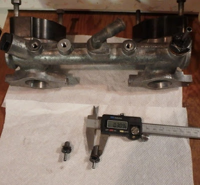 fitting a vacuum gauge mgb gt forum mg experience. Black Bedroom Furniture Sets. Home Design Ideas