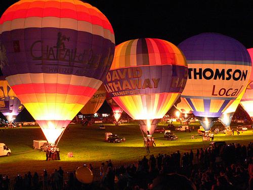 night glow baloes iluminados em são carlos no campeonato brasileiro de balonismo 2012