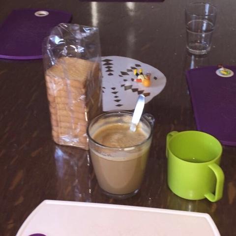 Zwieback und Kaffee