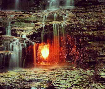 दुनिया की 6 रहस्यमयी जगह || Top 6 Mysterious Places in The World