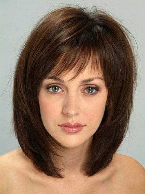 Medium layered universal haircuts to feature you 14