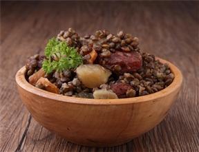 Lentilles vertes du Puy à la graisse d´oie longuement mijotées