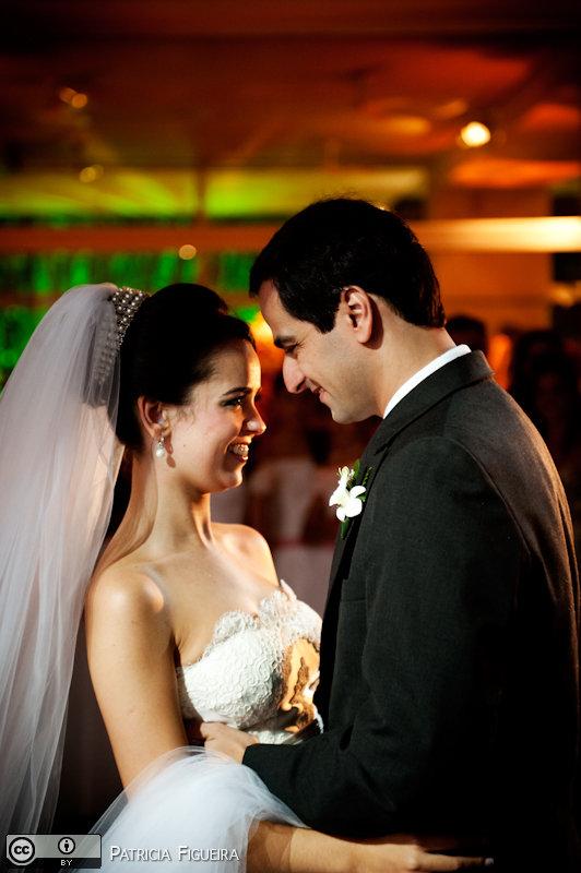Foto de casamento 1682 de Nathalia e Fernando. Marcações: 04/12/2010, Casamento Nathalia e Fernando, Niteroi.
