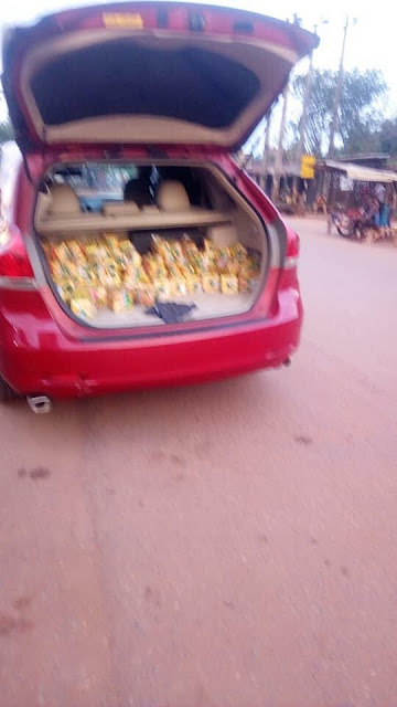 Bread Sold With Toyota Venza Tinted Glass In Anambra State. Photos