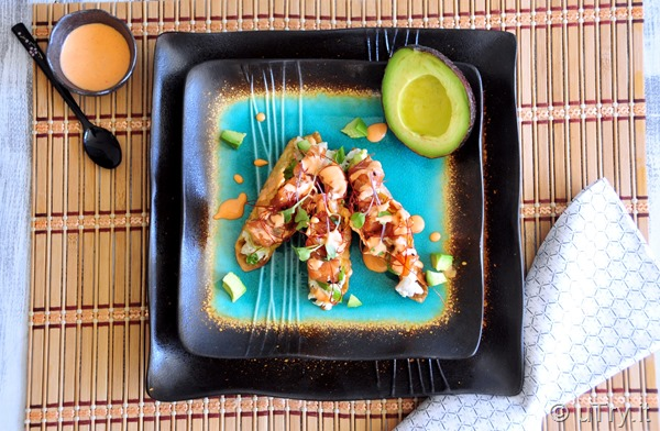 How to Make Spicy Salmon Poke Taco  http://uTry.it