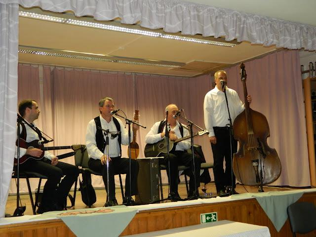 Tatabánya-Alsógalla borverseny - 2016 április - Borvirág Zenekar