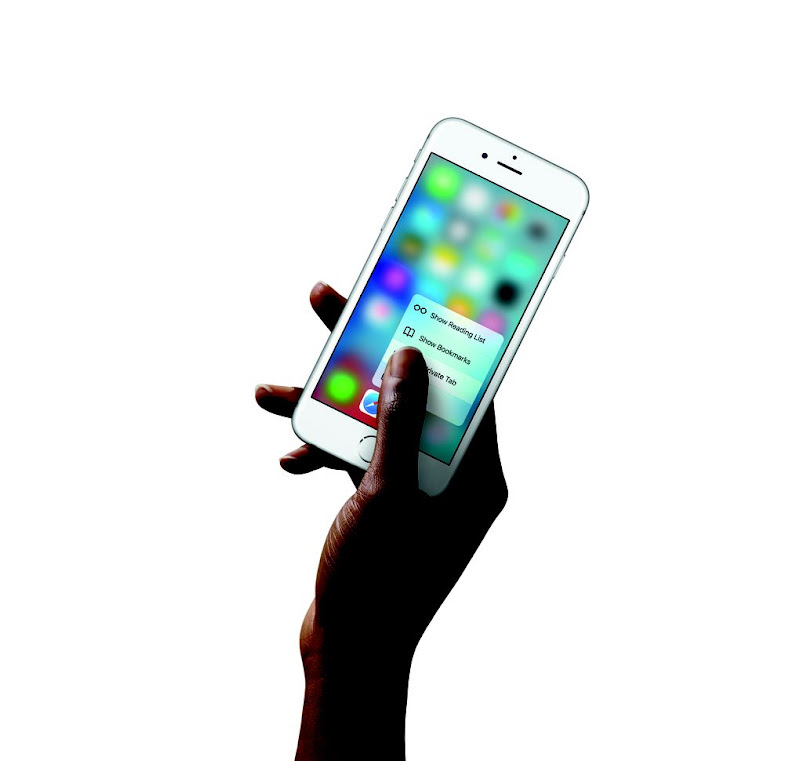 iPhone6s-Hand-SafariQuickAction-PR-PRINT.0.jpg
