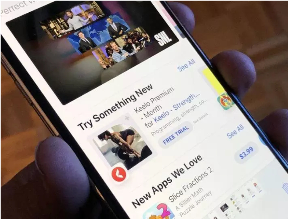 Twitter diposisi 10, Facebook Puncaki Aplikasi Dengan Unduhan Terbanyak