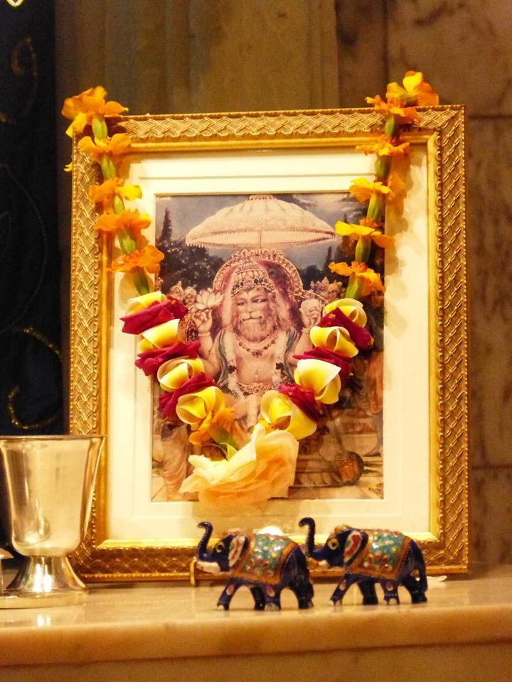 ISKCON New Govardhan Deity Darshan 01 Mar 2016 (6)