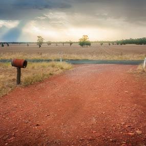 Sunrays in the rain by Daniel Wheeler - Landscapes Prairies, Meadows & Fields ( rainy day, summer, cloudy, rain, country )
