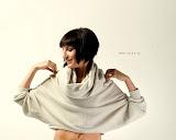 – F L O . R A-bábovička - střih bezezbytku - oděv, material - bavlna - orientační cena 1.500,-Kč