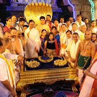 KCR Donated Offerings to Venkateswara Swamy in Tirumala