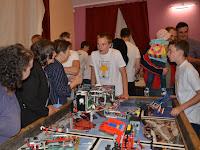 20. Háziasszonyok kérdése lehet-e Legobol porszívót, mosogatógépet és más háztartási gépeket is készíteni.JPG