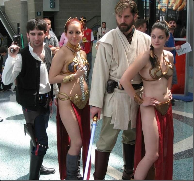 Princess Leia - Golden Bikini Cosplay_865825-0110