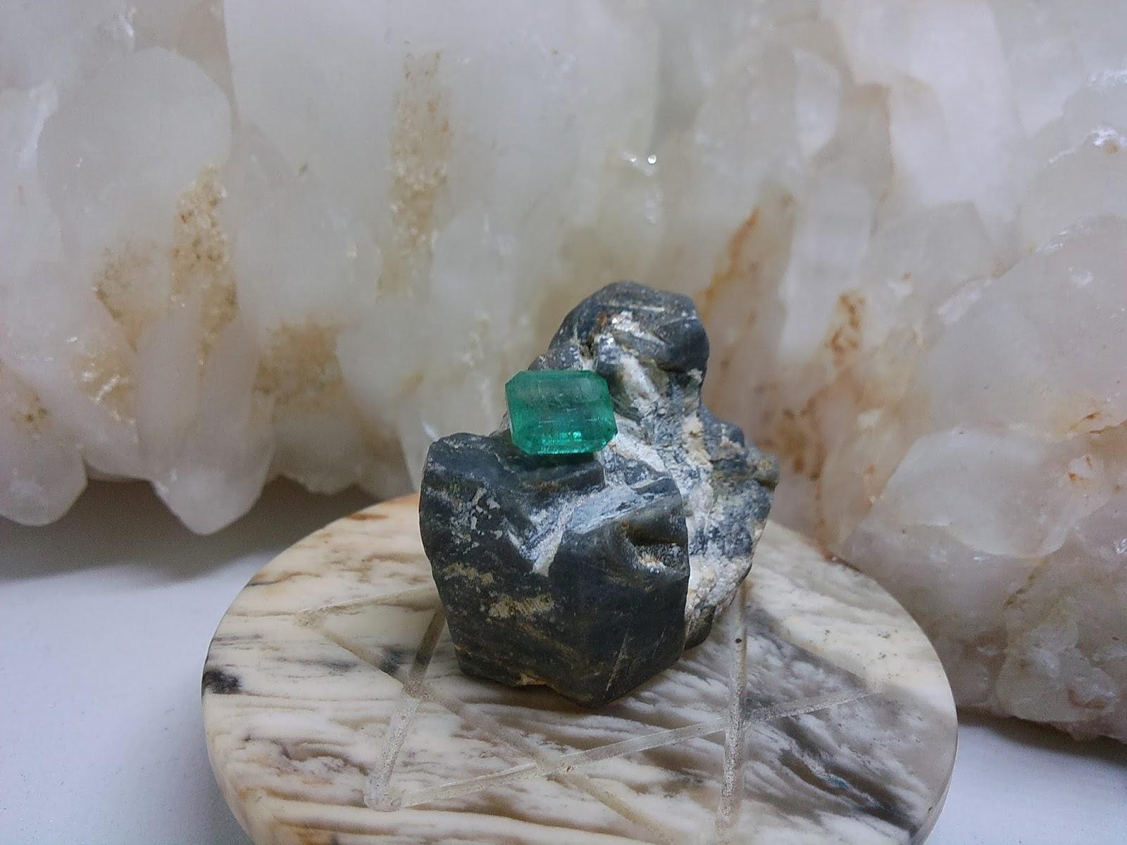 Đá Emerald, Ngọc Lục Bảo thiên nhiên Colombia