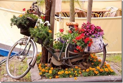 imágenes de bicicletas con flores (4)