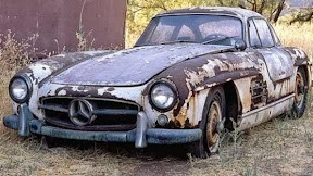 Abandoned Mercedes 300SL Gullwing