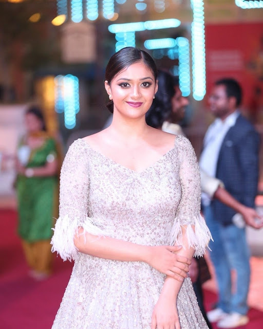 Keerthy Suresh At Siima Awards 2018 Red Carpet Stills