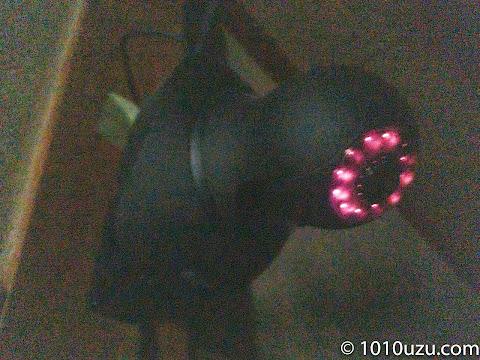 暗視機能で赤外線LEDが赤く光る