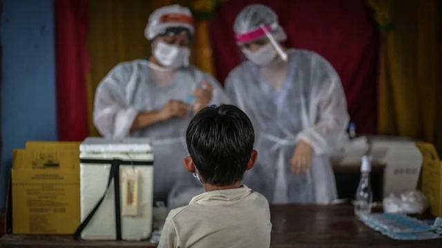 Pfizer y Moderna amplían estudios de vacuna COVID en niños de entre 5 y 11 años