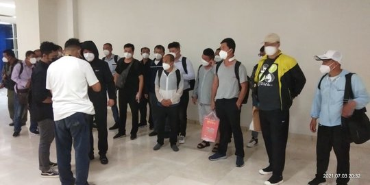 20 TKA Asal China Tiba di Bandara Sultan Hasanuddin saat PPKM Darurat