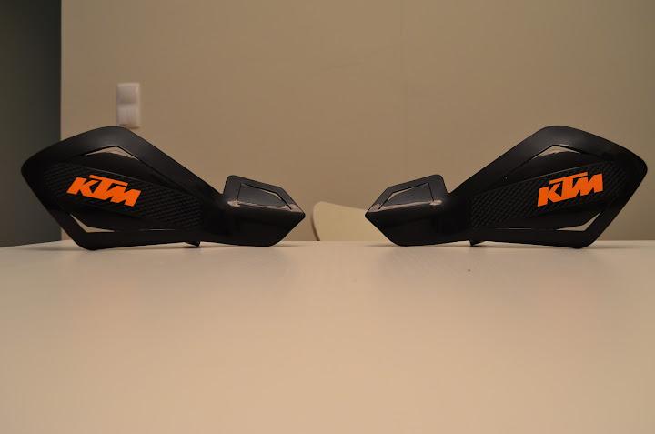 KTM DUKE 125 - Raphha DSC_0540
