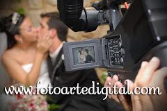 Album (digital) de fotos de Débora e Vitor do estudio Foto Arte Digital, de Itaborai, RJ, que faz fotografia de casamentos (fotos de casamento), fotos de aniversario (fotografia de aniversario), fotos de 15 anos, fotos de criancas (fotografia infantil), fotos de eventos sociais, videos de casamento, videos de 15 anos, videos de making-of, videos de aniversario, video infantil (video de criancas) e videos de eventos sociais. Fotojornalismo e videojornalismo em Itaborai, RJ.