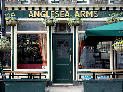 Anglesea Arms Pub in South Kensington