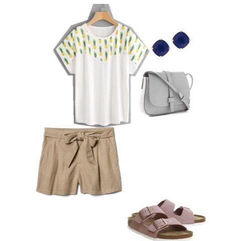 shorts shirt sandals summer mom stay at home mom purse fashion playdate at the park top mom mommy blogger