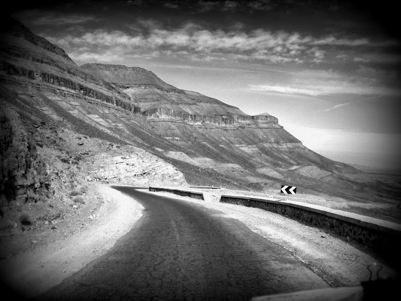 Marrocos e Mauritãnia a Queimar Pneu e Gasolina - Página 13 DSCF1471