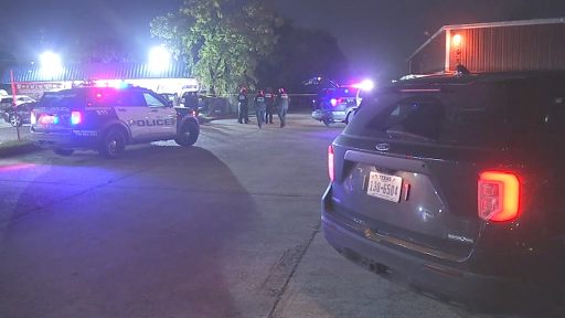 Security guard shot to death during game room robbery attempt