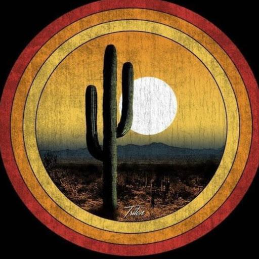 user Thủy Tiên Lê Cao apkdeer profile image