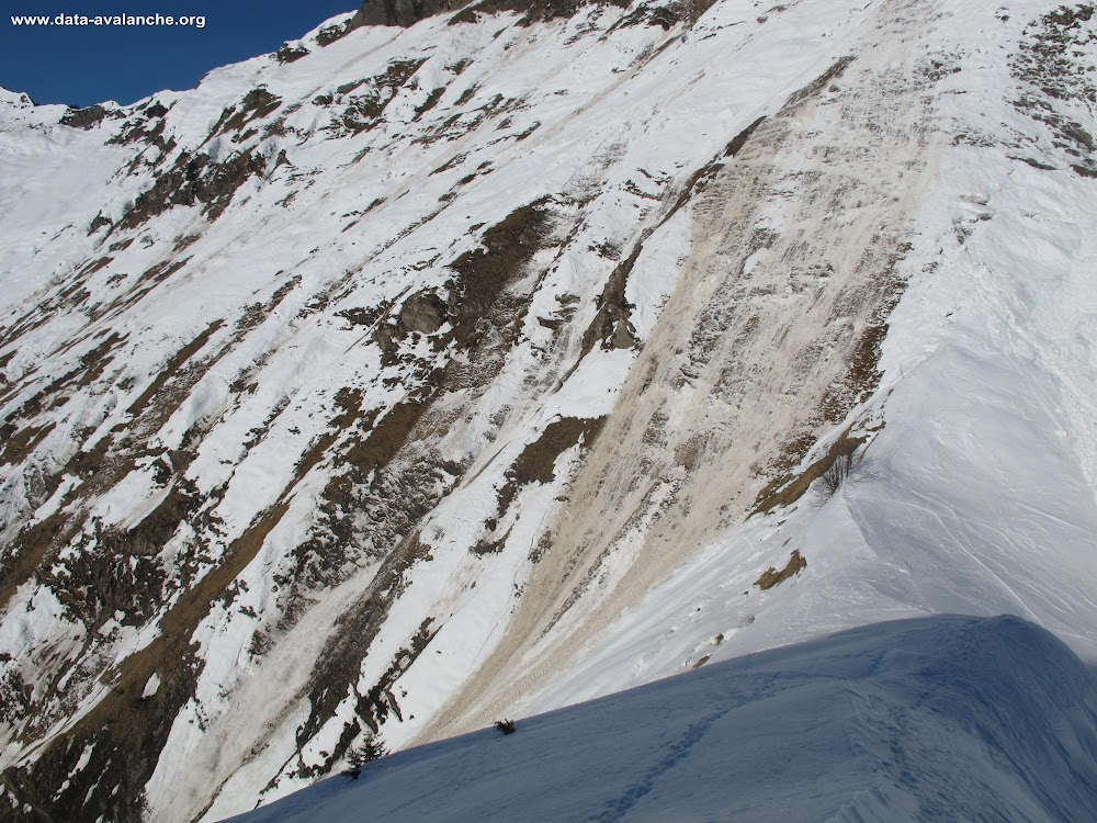 Avalanche Bauges, secteur Dent de Cons - Photo 1 - © Daumas Eric